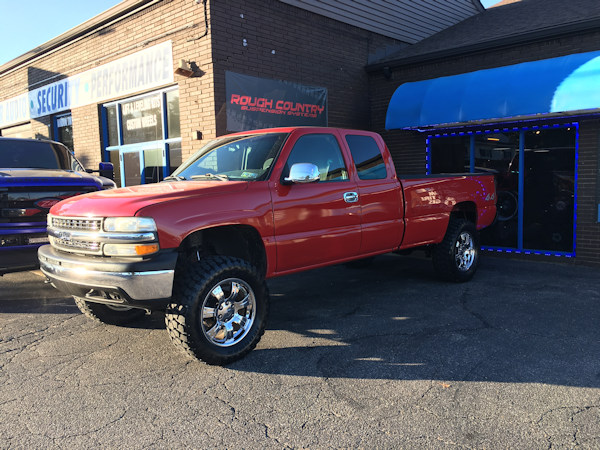 2001 Chevy Silverado 1500 with 6 inch Rough Country lift kit and 35 inch Ironman MT tires