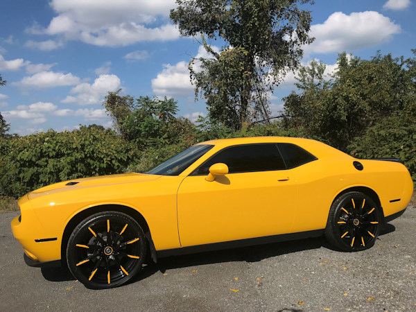 2018 Challenger with 22in. CCS-15 with color matched tips