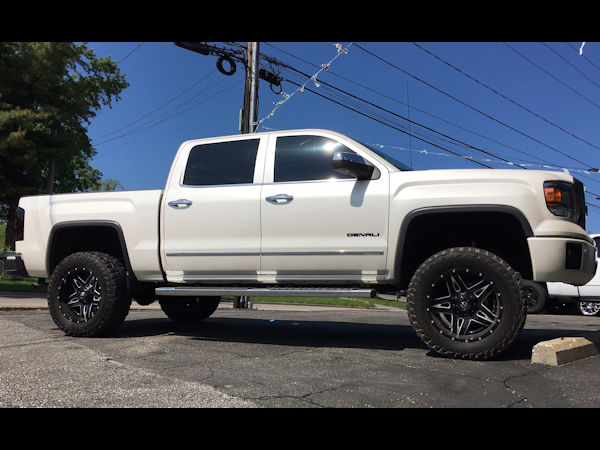 2015 GMC Sierra 1500 Denali with 6 inch Fabtech lift kit 20x10 Fuel Offroad Full Blown wheels with 35 inch Mastercraft MXT tires